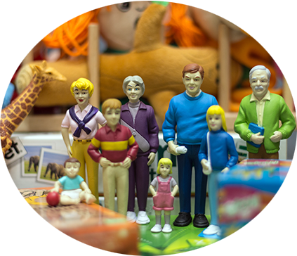 plastic models of a 70s white family